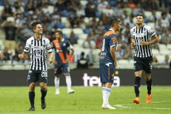 En fotos: Monterrey derrotó 2-1 a Puebla y es líder en su arranque en Copa MX