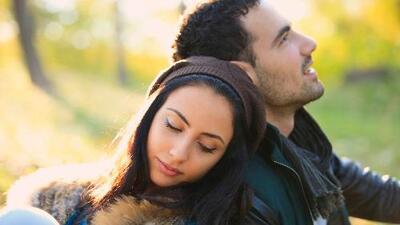 Las parejas se ocultan información para mantener la buena relación, según estudio