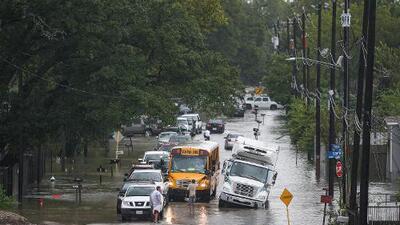 5 muertos dejan en el área de Houston las lluvias de Imelda, una de las tormentas más húmedas de la historia de EEUU