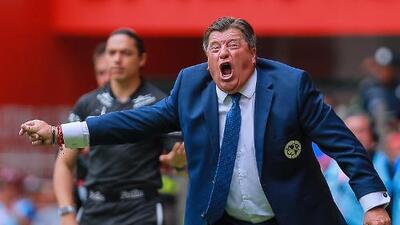 """Miguel Herrera aceptó fracaso y sobre el plantel apuntó que """"Estamos muy cortos"""""""