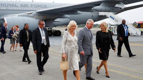 El príncipe Carlos y Camila Parker llegan a Cuba para una visita oficial... aunque no política
