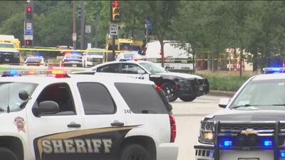Balacera en pleno centro de Dallas deja a un sospechoso muerto y provoca un gran despliegue policial