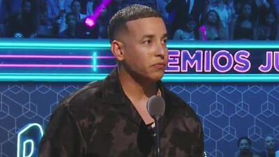 """""""Renuncie a su cargo"""": Daddy Yankee pide la dimisión al gobernador de Puerto Rico en la tarima de Premios Juventud"""