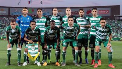 Werder Bremen tiene en la mira a defensa mexicano de Santos