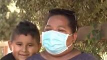"""""""No sé mucho inglés… pero les digo: vuélvete a conectar"""", así ayuda esta madre mexicana a sus hijos durante sus clases a distancia"""