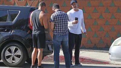 Brad Pitt causa choque triple en Los Ángeles