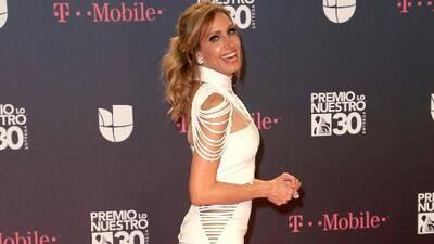 Lili Estefan brilló en Premio Lo Nuestro: mira un recuento de todos los vestidos que usó