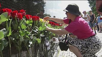 Honran a padres caídos en Guerra de Vietnam