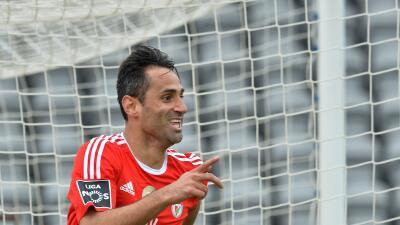 Benfica se impone al Arouca con gran partido del brasileño Jonás