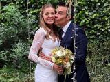 Las románticas imágenes de la boda civil de Adrián Uribe con la brasileña Thuany Martins