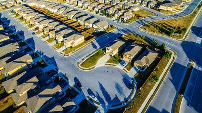 La nueva crisis suburbana: cómo el lugar donde creció el sueño americano ya no es el mismo