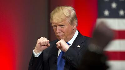 """""""Quería golpear a un par de esos oradores"""": la reacción de Trump a la Convención Demócrata"""