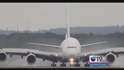 Captado en cámara: dramático aterrizaje
