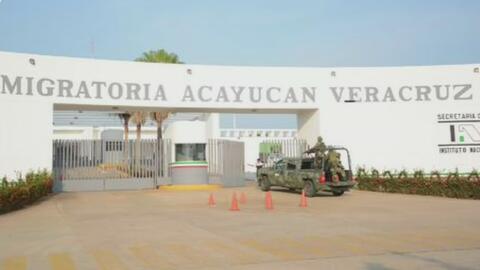 Cubanos detenidos en Veracruz denuncian que oficiales de inmigración le piden dinero a sus familiares en EEUU