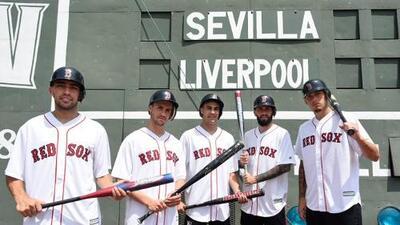 El Sevilla se vuela la barda en el Fenway Park