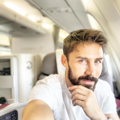 El actor <b>Rubén Sanz</b> es Valentín, mejor amigo de Miguel Garza y esposo de Isabel, aunque tras reencontrarse con Chisca la pasión y el amor renacerán en él.
