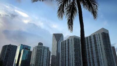 Un sábado lluvioso y con algunas tormentas durante la tarde, el pronóstico para Miami