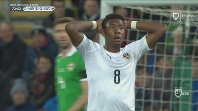 Alaba tuvo el gol de frente a la portería, pero voló el disparo
