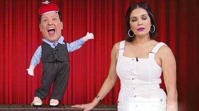 Ni Karla Martínez se salvó de los chistes y travesuras de Moñoño (pero también le respondió)