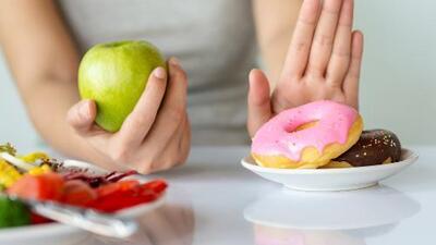 Azúcar buena vs. mala: así es como puedes distinguirlas y saber cómo actúan en tu cuerpo