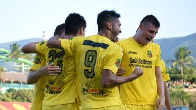 Guastatoya 2-1 Antigua: Guastatoya vence a Antigua y se adelanta en la Final de ida