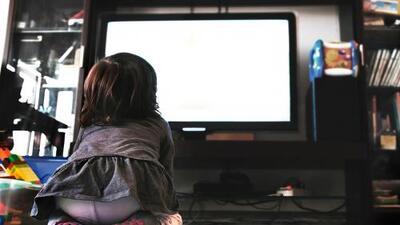 Los niños pasan cada vez más horas frente a una pantalla: un tiempo en el que dejan de jugar, aprender e interactuar