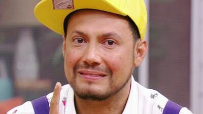 Luis Sandoval lloró al agradecerle a su madre tantos sacrificios que hizo cuando él era pequeño