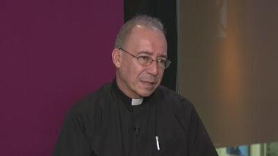 """""""La comunidad internacional debe presionar más al dictador en Nicaragua"""": padre Edwin Román"""