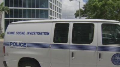 Investigan el asesinato de un hombre en un lujoso condominio de Miami