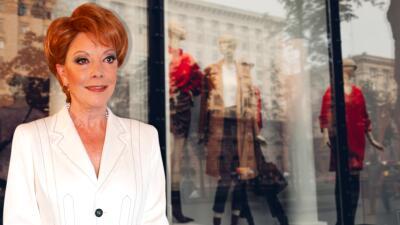 """Jacqueline Andere tuvo que pedir """"fiado"""" para conseguir vestidos y hasta la embargaron cuando apenas empezaba su carrera"""