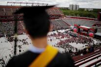 Así puedes obtener ayuda financiera para pagar tu educación universitaria