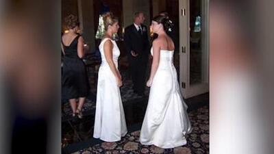 Suegra se viste igual que su nuera en el día de su boda
