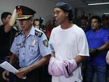 Detienen a quien entregó documentos falsos a Ronaldinho