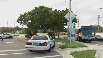 Arrestan a un hombre acusado de asalto con un cuchillo dentro de un autobús en Miami-Dade
