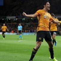 Raúl Jiménez volvió a anotar con Wolverhampton en Europa League