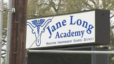 Muere el estudiante hispano de 14 años que fue apuñalado  por un compañero de escuela