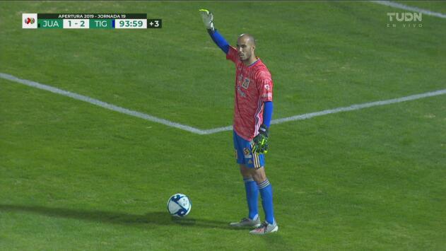 ¡Se encienden las alarmas de Tigres! Nahuel sale lesionado y Pizarro es su portero