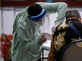 Inicia la vacunación de mayores de 65 años contra covid-19 en Hormigueros