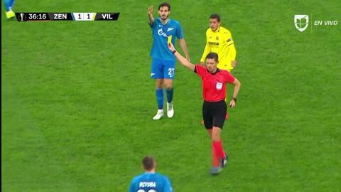 Tarjeta amarilla. El árbitro amonesta a Wilmar Barrios de Zenit St Petersburg