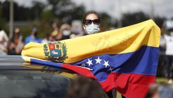 ¿Qué implica el nuevo amparo que protege de la deportación a los venezolanos en EEUU?