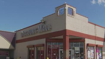 Convocan una reunión para discutir sobre el futuro del 'Discount Mall' que está ubicado en La Villita