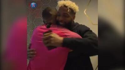 El futuro del deporte: Mbappé le regaló un jersey personalizado a Odell Beckham Jr.