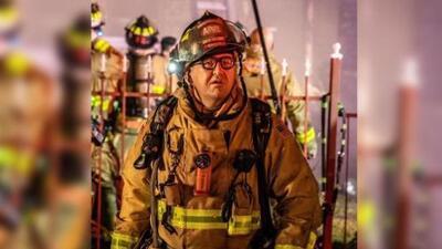 Bombero muere arrollado mientras luchaba contra un incendio