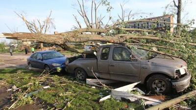 """Un tornado """"grande y peligroso"""" deja sin luz a más de 5 millones de personas en Ohio"""