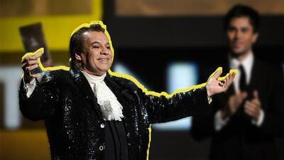 Juan Gabriel domina las listas latinas de Billboard tras su muerte