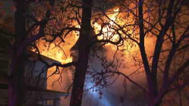 Muere pareja de ancianos en un incendio en la comunidad de Old Irving Park