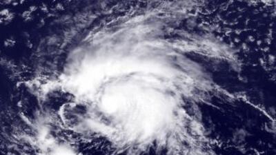 Emiten alerta en Hawaii por el paso de la tormenta Flossie