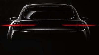 Ford muestra un abreboca de su crossover eléctrica Mustang