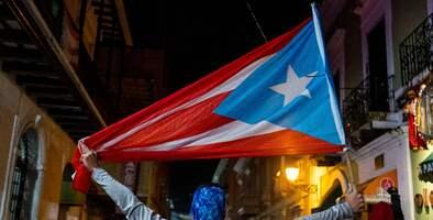 """""""Biden destruyó a la isla cuando nos quitó la 936"""": detectamos este y otros datos engañosos en el anuncio de la campaña de Trump sobre Puerto Rico"""