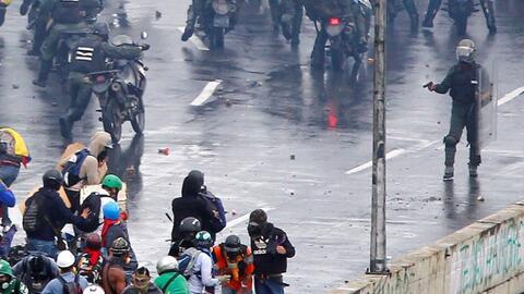 """Tras 80 días de represión en Venezuela, el ministro de justicia critica el """"uso desproporcionado de la fuerza"""""""